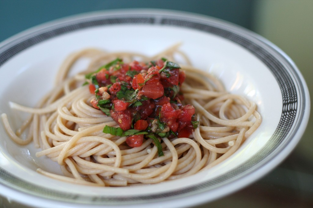 Whole wheat linguini with fresh tomato sauce